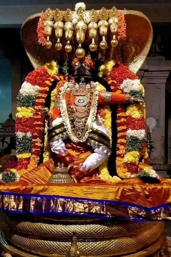 thirukoshtiyur temple perumal under 5 head snake